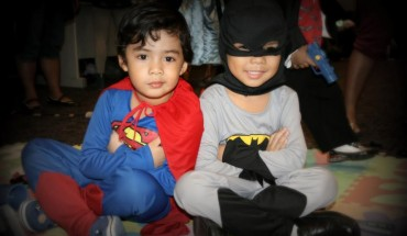 HALLOWEEN SUPERMAN AND BATMAN